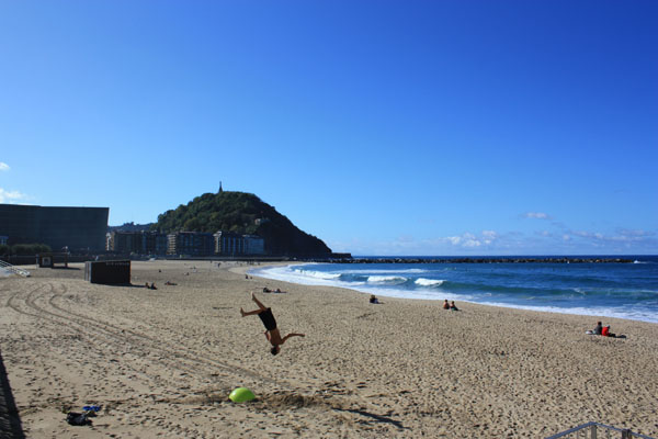 Travel Europe Cheap - Beach in San Sebastian