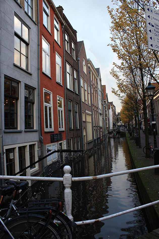 Photo of a canal in Delft
