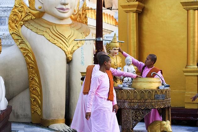 Shwedagon 17