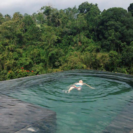hanging-gardens-pool