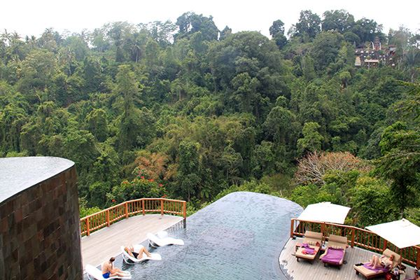 hanging-gardens-pool2