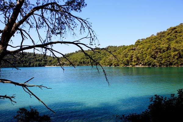 Lake in Croatia - Backpacking Europe