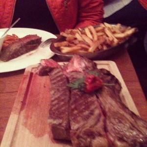 Ribs in La Vache Et Le Cuisinier