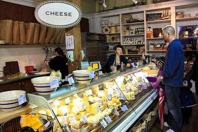 beecher s handmade cheese seattle pike place markets in seattle active backpacker 4477