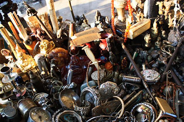 Trinkets in Yangon